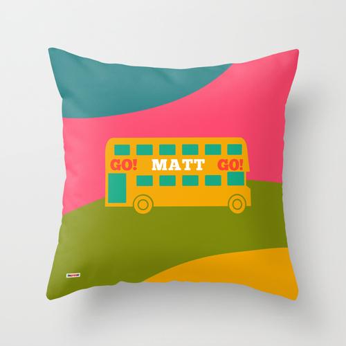 bus personalizado pillow